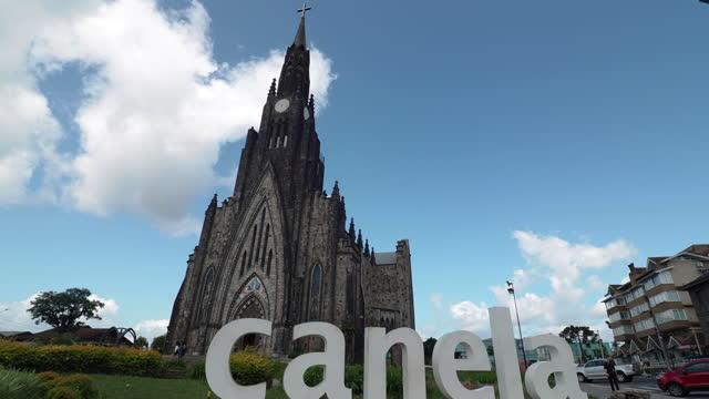 vídeos de stock, filmes e b-roll de view to canela church, rio grande do sul, brazil - história