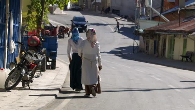 vídeos y material grabado en eventos de stock de views in a small town in turkey - turquía