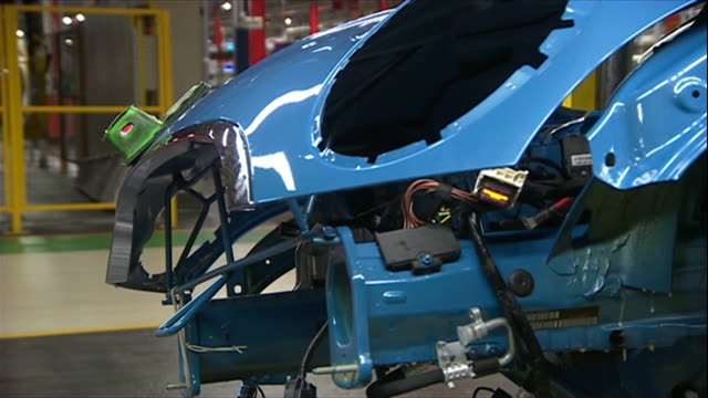 views inside a car production plant - windscreen stock videos & royalty-free footage