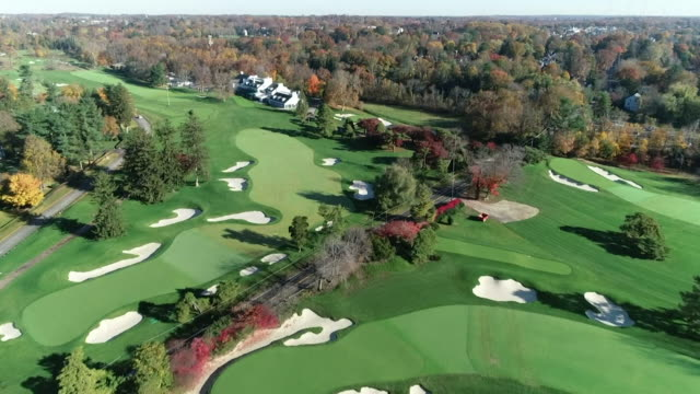 views of a golf course in philadelphia - driver golf club stock videos & royalty-free footage