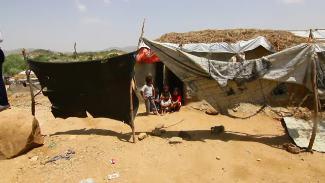 views of a refugee camp in northern yemen - climate stock videos & royalty-free footage