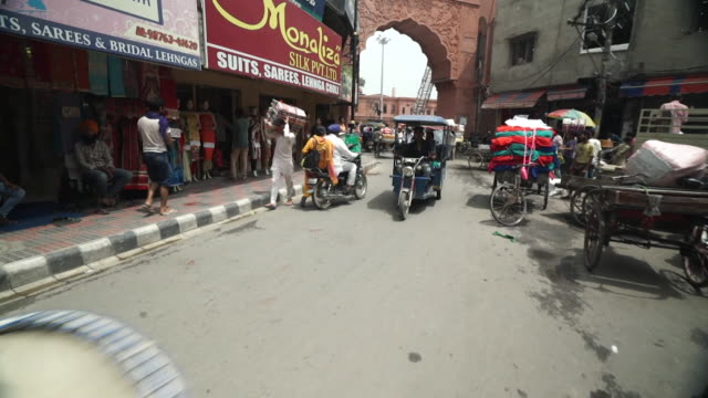 views of a street in amritsar india - punjab india stock videos and b-roll footage