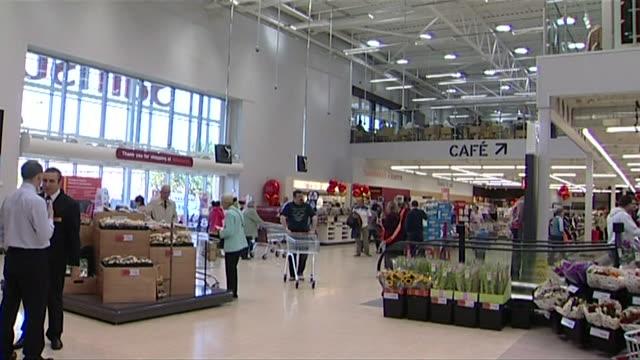 views of a supermarket which uses power generated onsite using geothermal technology kent uk erlr726x abpa028h - ansvarsfullt företagande bildbanksvideor och videomaterial från bakom kulisserna