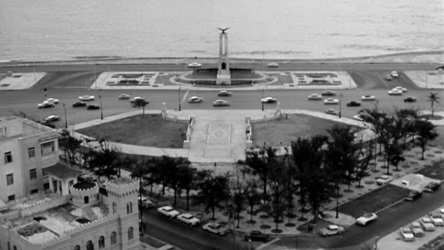 views of havana, cuba in the 1958. parque central de la havana, el capitolio, hotel nacional, el malecon, the harbor and public parks.dramatization. - parque nacional stock videos & royalty-free footage