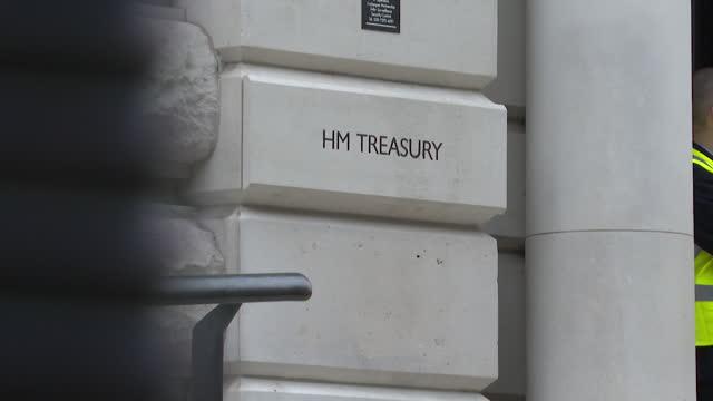 views of hm treasury building - western script stock videos & royalty-free footage