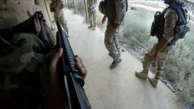 view's of new zealand special air services in baghdad iraq - バグダッド点の映像素材/bロール