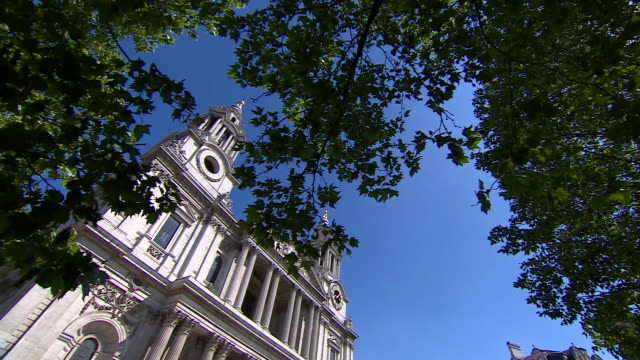 views of st paul's cathedral - monument stock videos & royalty-free footage