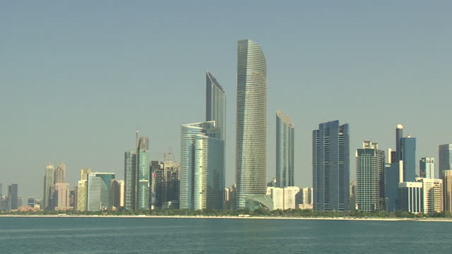 Views of the Abu Dhabi skyline and landmarks