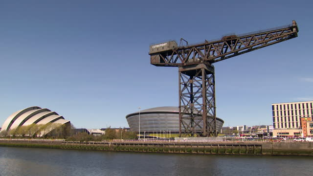 views of the finnieston crane - construction machinery stock videos & royalty-free footage