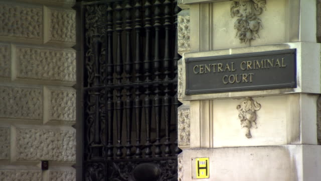 views of the old bailey - courthouse stock videos & royalty-free footage