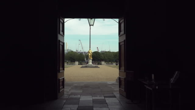 views of the royal hospital chelsea - gate stock videos & royalty-free footage