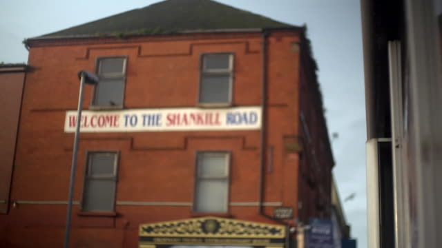views of the shankill road - fade in video transition stock videos & royalty-free footage