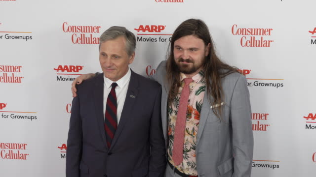 viggo mortensen and henry mortensen at the 18th annual movies for grownups awards at the beverly wilshire four seasons hotel on february 04, 2019 in... - フォーシーズンズホテル点の映像素材/bロール