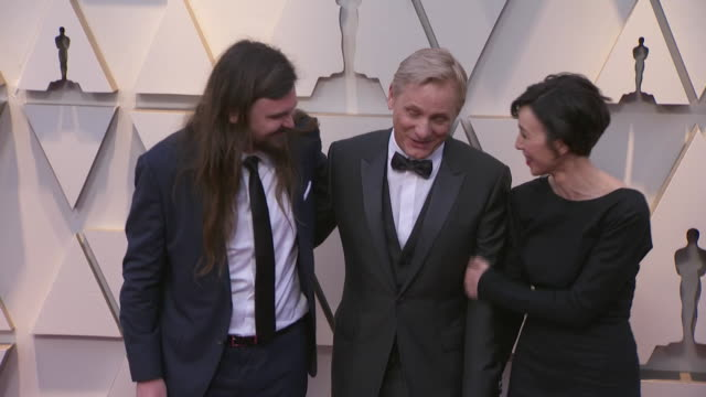 viggo mortensen walking the red carpet at the 91st annual academy awards at the dolby theater in los angeles, california. - music or celebrities or fashion or film industry or film premiere or youth culture or novelty item or vacations 個影片檔及 b 捲影像