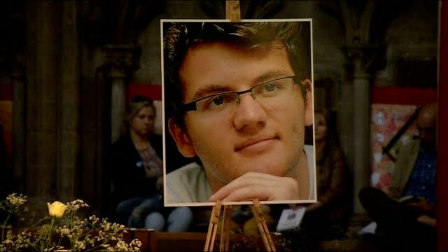 vigil for cancer sufferer and fundraiser stephen sutton ends; england: staffordshire: lichfield: lichfield cathedral: int very revered adrian dorber... - スタッフォードシャー リッチフィールド点の映像素材/bロール