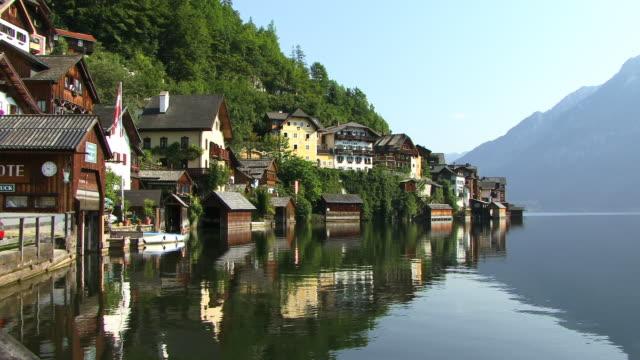 ms, village hallstatt at hallstatter lake, austria - österreichische kultur stock-videos und b-roll-filmmaterial