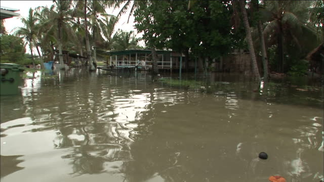 village inundated by sea water because of rising tides, funafuti, tuvalu - pacific ocean stock videos & royalty-free footage
