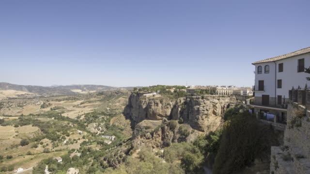 village on the wide and precipitous cliff 1 - pueblo bonito stock videos & royalty-free footage