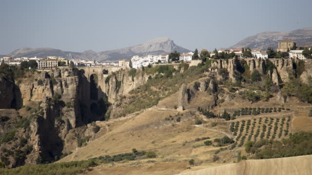 village on the wide and precipitous cliff 3 - pueblo bonito stock videos & royalty-free footage