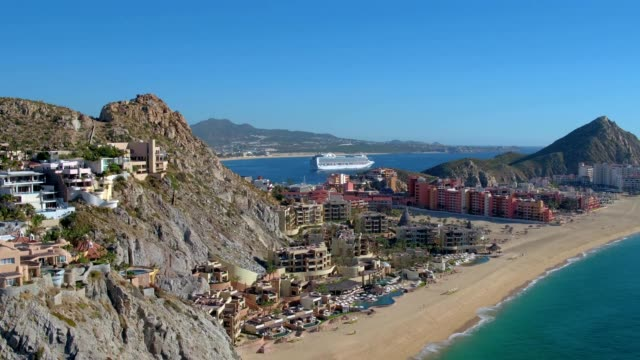 vidéos et rushes de villas along beach in cabo san lucas, mexico - péninsule de basse californie