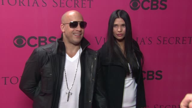 vin diesel and paloma jimenez at the 2010 victoria's secret fashion show pink carpet at new york ny - vin diesel stock videos and b-roll footage