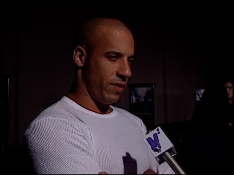 vin diesel at the 'tigerland' premiere at 20th century fox lot in century city, california on october 3, 2000. - tigerland点の映像素材/bロール