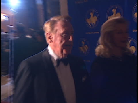vidéos et rushes de vin scully at the carousel of hope ball at beverly hilton hotel, beverly hills. - the beverly hilton hotel