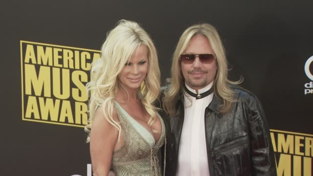 vince neil at the 2008 american music awards at los angeles ca - vince neil stock videos and b-roll footage