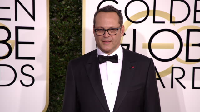 vince vaughn at 74th annual golden globe awards - arrivals at the beverly hilton hotel on january 08, 2017 in beverly hills, california. 4k available... - vince vaughn stock videos & royalty-free footage