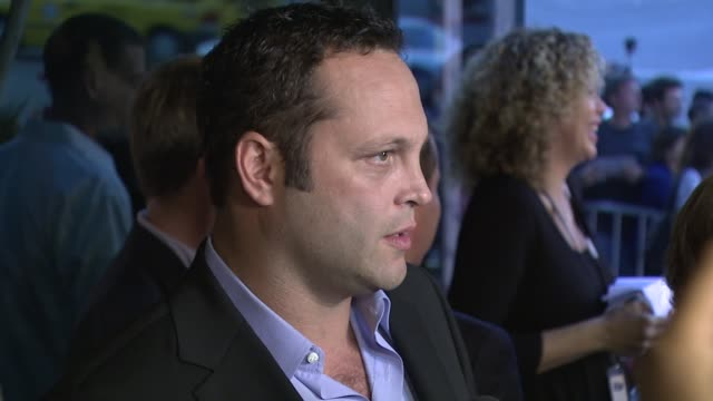 vince vaughn at the 'into the wild' premiere at directors guild of america in hollywood, california on september 18, 2007. - vince vaughn stock videos & royalty-free footage