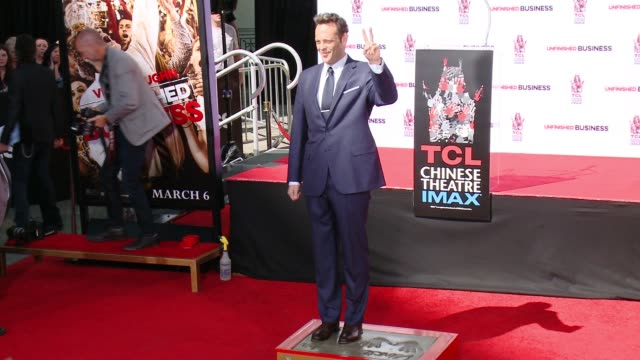 vince vaughn at vince vaughn immortalized with handprint-footprint ceremony at tcl chinese theatre imax on march 04, 2015 in hollywood, california. - vince vaughn stock videos & royalty-free footage