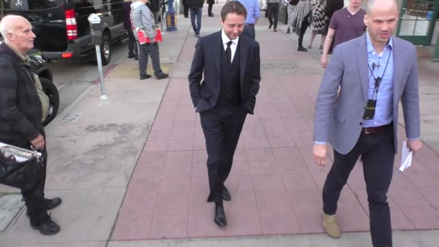 vincent kartheiser outside the genius premiere at fox bruin theater in westwood in celebrity sightings in los angeles - bruin theater stock-videos und b-roll-filmmaterial