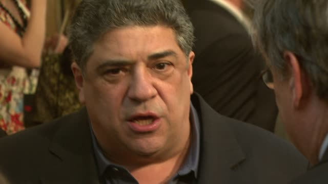 vincent pastore at the hbo's 'the sopranos' world premiere of two new episodes at radio city music hall in new york new york on march 27 2007 - vincent pastore stock videos and b-roll footage