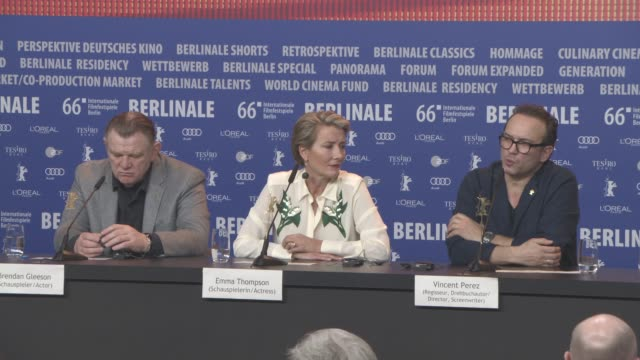 interview vincent perez brendon gleeson emma thompson on the ending of the film the messages of hope it conveyed at 'alone in berlin' press... - emma thompson stock videos and b-roll footage