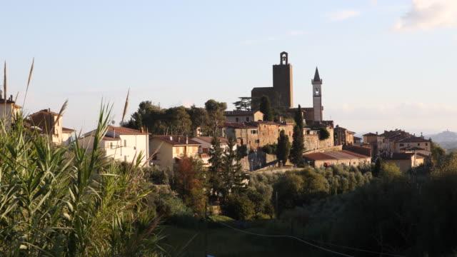 vidéos et rushes de vinci in italy - toscane