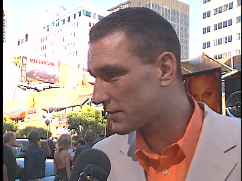 vinnie jones at the gone in 60 seconds premiere at westwood in westwood, ca. - vinnie jones stock videos & royalty-free footage