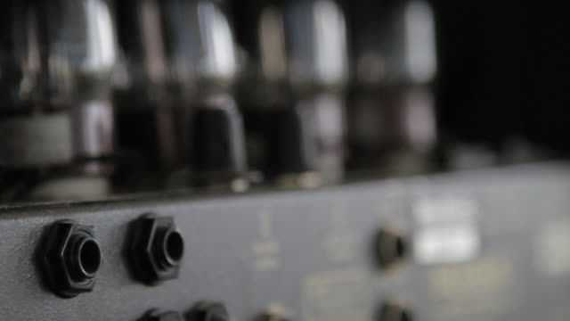 vidéos et rushes de c/u vintage amplifier - amplificateur
