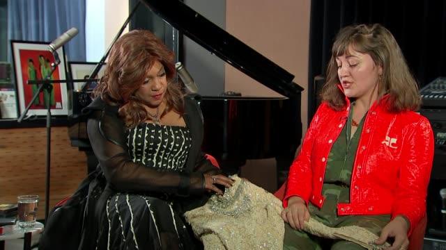 vintage clothes collector reunites member of the supremes with sparkly top england int amber savage interview with mary wilson sot cutaway close shot... - collection stock videos & royalty-free footage