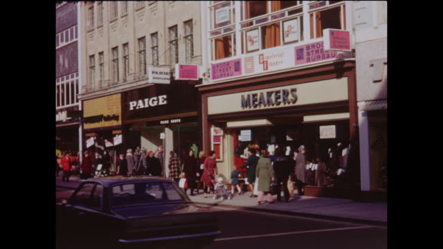 Vintage home movie showing the busy High Street in the centre of Luton circa 1970