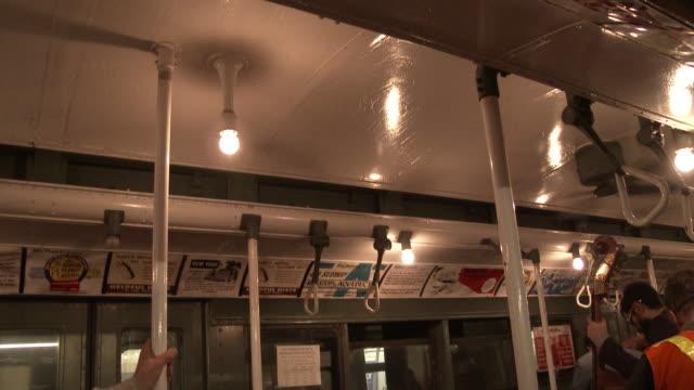 vintage nyc subway train cars (1940s - 1970s) - 乗り物内部点の映像素材/bロール