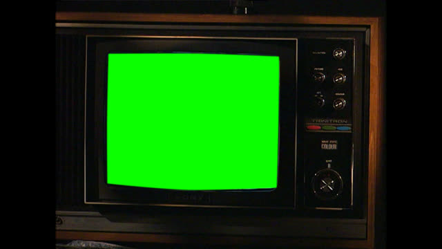 cu of vintage television set with green screen - television chroma key stock videos & royalty-free footage