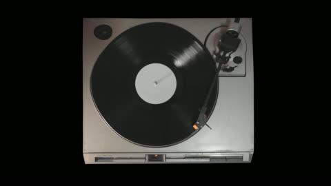 ビニールレコードプレーヤー - ディスク点の映像素材/bロール
