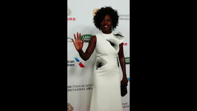 viola davis attend the 2018 british academy britannia awards presented by jaguar land rover and american airlines at the beverly hilton hotel on... - the beverly hilton hotel stock-videos und b-roll-filmmaterial