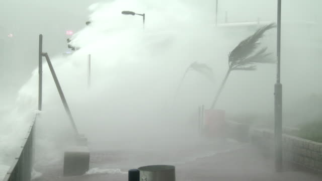 Violent wind and storm surge lash waterfront in Hong Kong as typhoon Hato hits city on 23rd August 2017