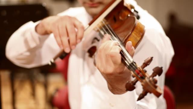バイオリンプレーヤー - バイオリン奏者点の映像素材/bロール