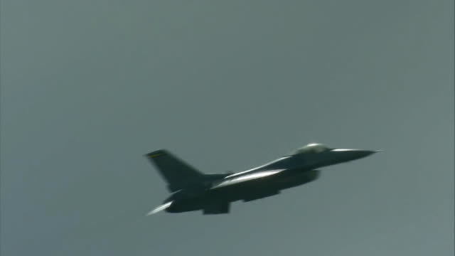 f-16 viper west flying in the sky - fighter stock videos & royalty-free footage