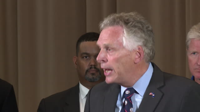 vidéos et rushes de wtvr virginia governor talks conversation with president donald trump after clashes between unite the right rally participants and protesters clashed... - armée des états confédérés