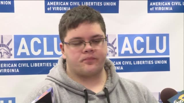 vídeos de stock, filmes e b-roll de virginia press conference on march 6 2017 after the supreme court sent a case involving gavin grimm a transgender high school student from gloucester... - gloucester estados unidos