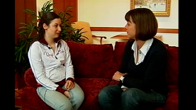 vídeos de stock e filmes b-roll de controversy over broadcast of video made by gunman int jenny tal interview sot - virginia polytechnic institute and state university