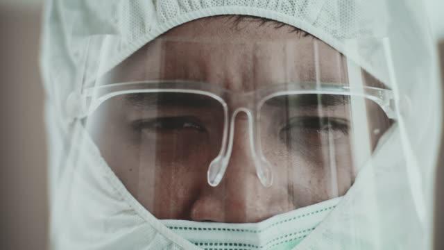 ウイルス戦争 - 盾点の映像素材/bロール